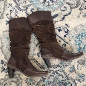 Brown RSVP high heeled leather/suede boots 👢
